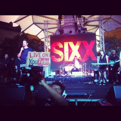 SIXX live on Youtube
